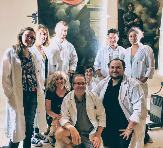 De gauche à droite: Martina Cataldo, Flavia Fiorillo, Barabara Ghelfi, Ivan Piotre, Pascal Cotte, Chiara Matteucci, Pasquale Stenta (au fond), Salvatore Apicella, Gaia Tarantola